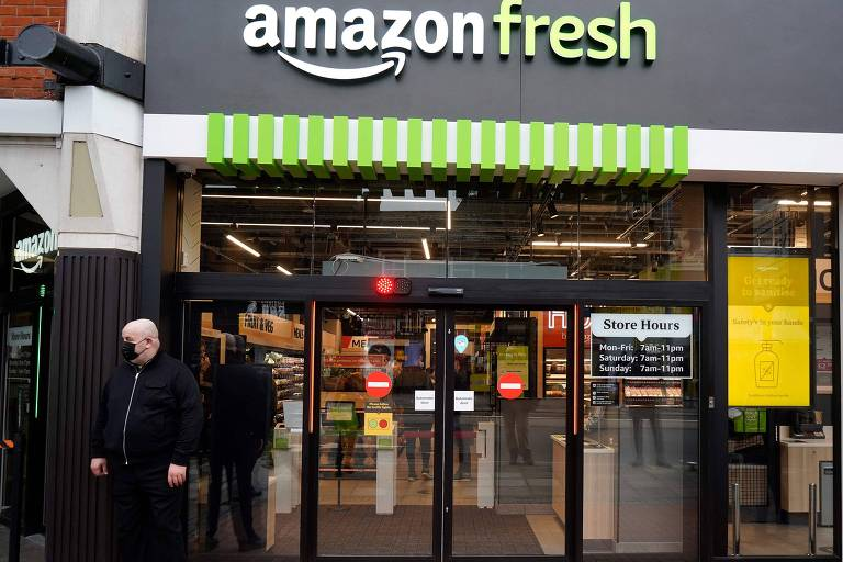 Fachada da loja Amazon Fresh, em Londres