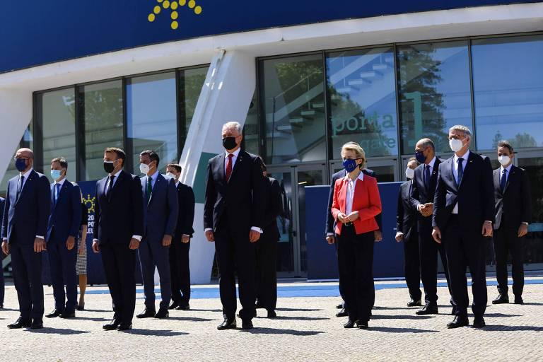 Líderes europeus durante encontro no Porto, Portugal