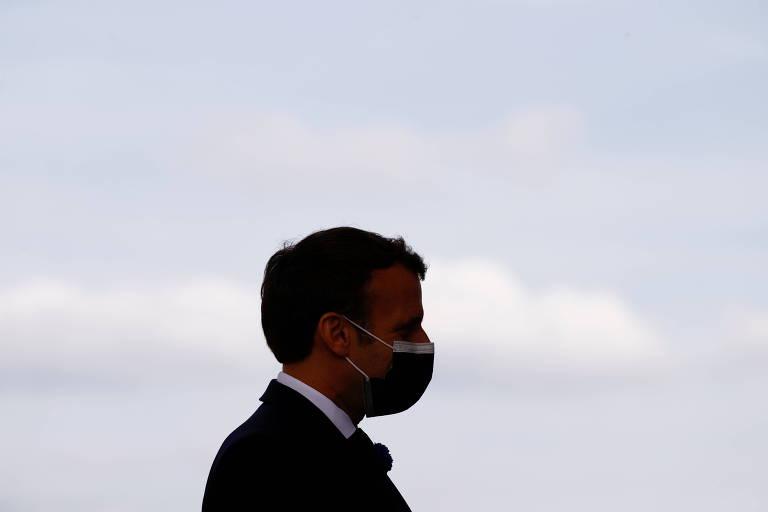Ao lado de líder de ultradireita, militares pioram pesadelo de Macron