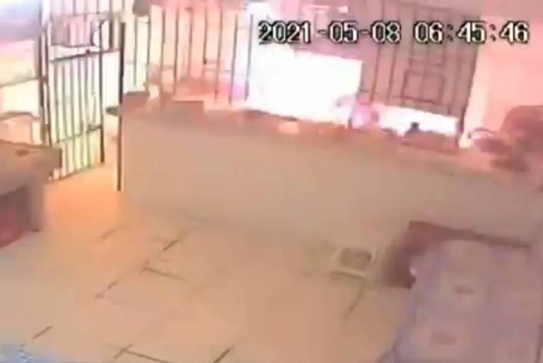 Explosão destrói restaurante e deixa uma pessoa ferida em Belém; veja vídeo