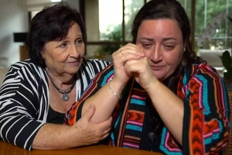 Déa Lúcia Amaral, mãe de Paulo Gustavo, e Ju Amaral, irmã do ator, durante entrevista ao Fantástico