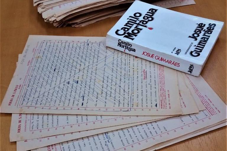 Artigos de Josué Guimarães no acervo do escritor na UPF