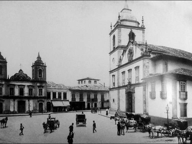 Luiz Gama atuou como advogado em São Paulo, onde trabalhou na polícia. A imagem mostra a praça da Sé