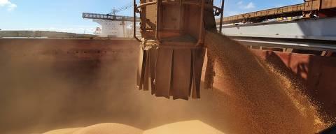 Porto de Paranaguá espera receber cerca de 2 milhões de toneladas de soja em março