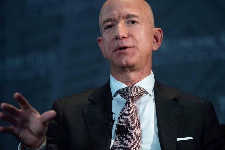 Jeff Bezos compra um iate de cerca de R$ 2,5 bilhões
