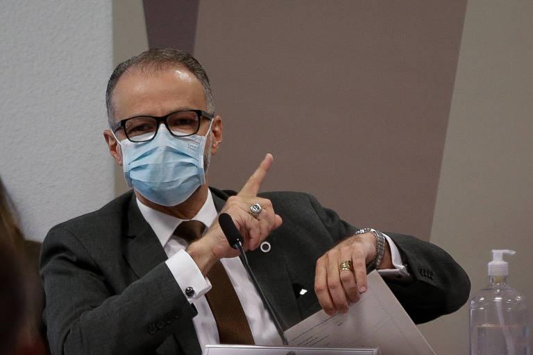 O diretor-presidente da Anvisa, Antônio Barra Torres, em depoimento à CPI da Covid