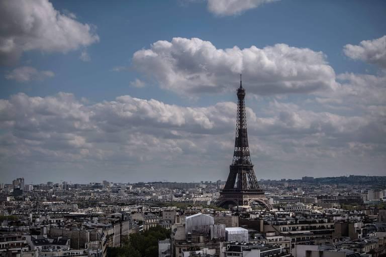 Paris circa 2012