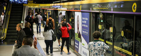 SÃO PAULO, SP, 14.06.2018 - Estação Paulista da linha 4-amarela do Metrô de São Paulo. (Foto: Zanone Fraissat/Folhapress)
