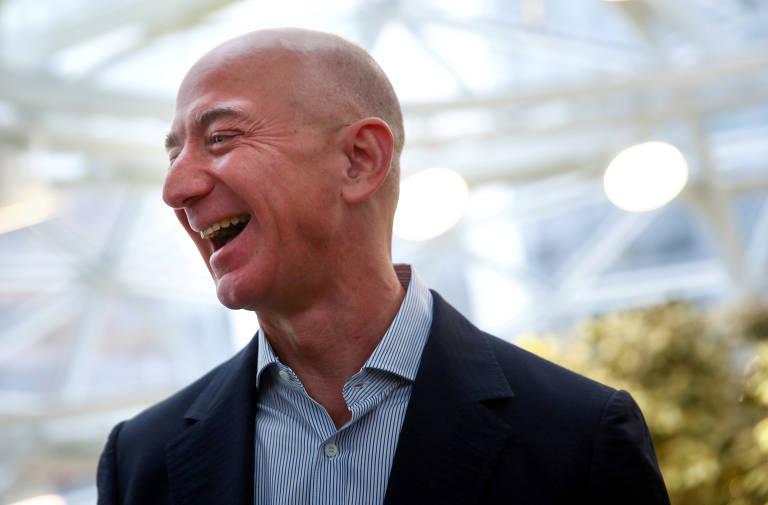 'Não estou propriamente nervoso', diz Bezos ao se preparar para voo espacial