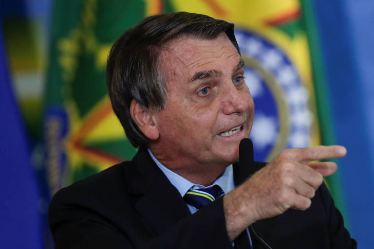 Bolsonaro chama de injustificável o lançamento de foguetes contra Israel