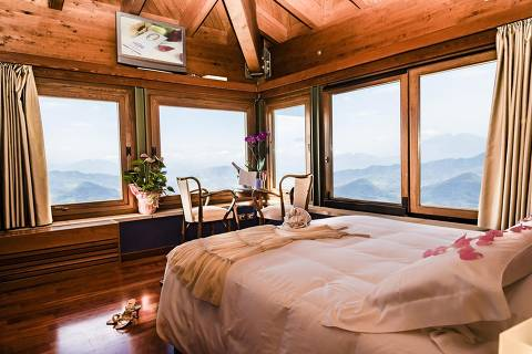San Marino oferece vacina a turista que reservar hotel