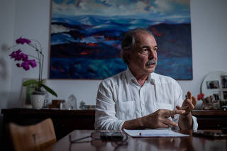 Entrevista com o ex-ministro Aloizio Mercadante