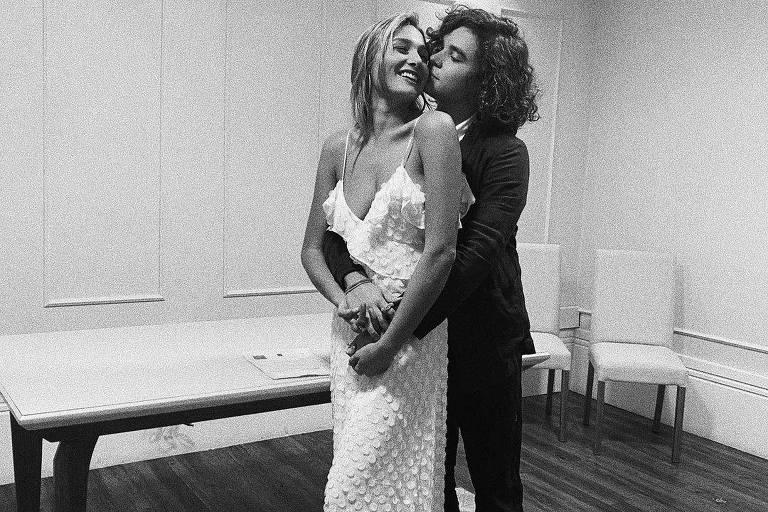Sasha Meneghel se casa com o cantor João Figueiredo