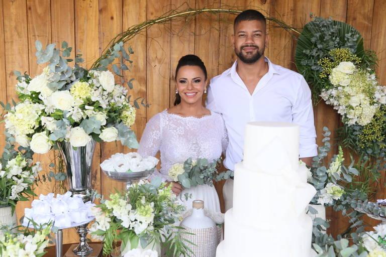 Viviane Araujo e Guilherme Militao casam-se no civil