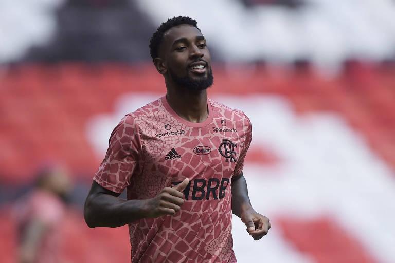 Gerson, durante partida do Flamengo contra o Internacional, no estádio do Maracanã