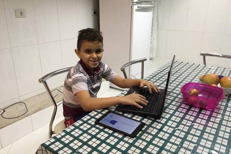 Vitor Arruda tem estudado em casa, na Brasilândia