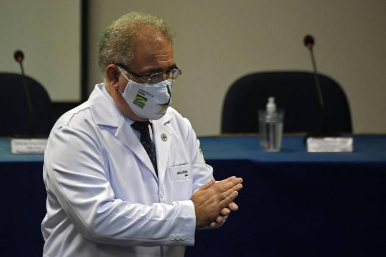 Queiroga abre vacinação em massa contra a Covid em Botucatu (SP) e pede união