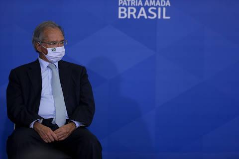 Equipe de Guedes teve reuniões com Pfizer e AstraZeneca, mas disse não ser responsável por vacinas
