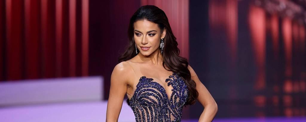 Julia Gama se apresenta na final do Miss Universo