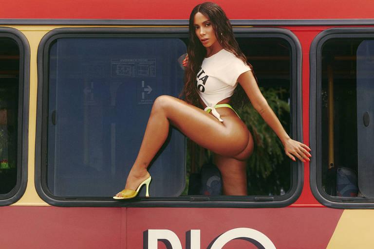 A cantora carioca Anitta lança clipe para 'Girl From Rio'