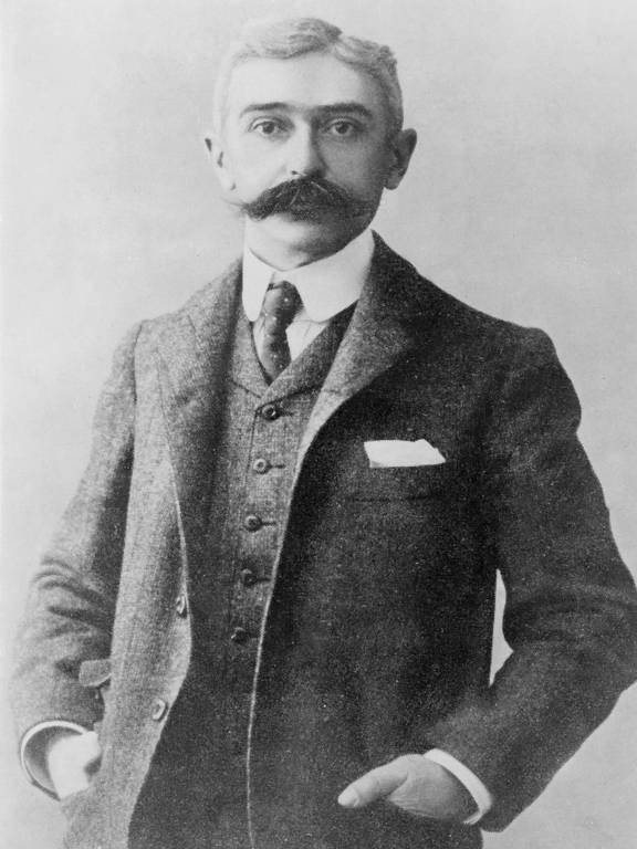 O barão Pierre de Coubertin levou o ouro em 1912 por uma obra de literatura