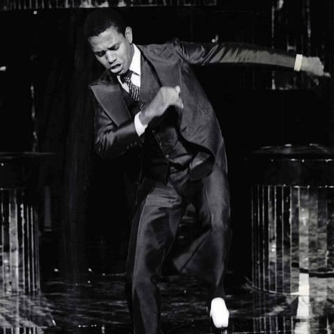 Na foto, o cantor e compositor Jair Rodrigues dança durante show na década de 1970 ORG XMIT: AGEN1405081833319799