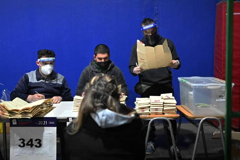 Eleitos para Constituinte do Chile defendem igualdade de gênero e redução de poder presidencial