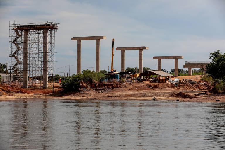 Obras em estradas administradas pela Agrologística, que firmou Parceria Público Privada Social com o governo de Mato Grosso