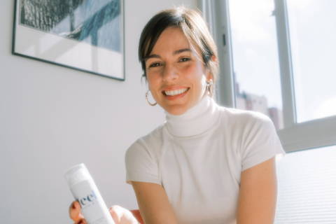 Marina Ratton, 35, fundadora da empresa startup Feel, femtech que desenvolveu lubrificante íntimo e está captando investimentos para ampliar produção. (Foto: Divulgação)