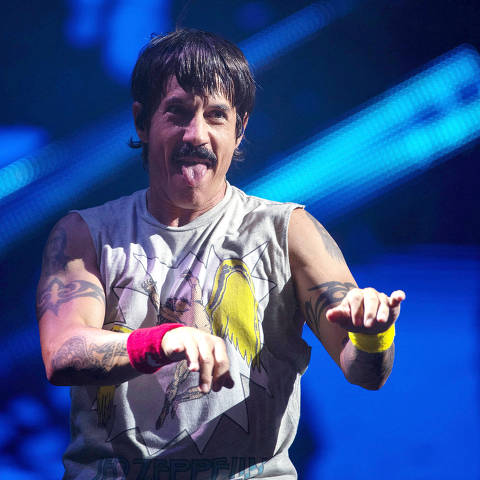 Anthony Kiedis, singer of the US rock band Red Hot Chili Peppers performs at the main stage of Rock in Rio festival, Olympic Park, Rio de Janeiro, Brazil, on October 3, 2019. - The week-long Rock in Rio festival started September 27, with international stars as headliners, over 700,000 spectators and social actions including the preservation of the Amazon. (Photo by MAURO PIMENTEL / AFP) ORG XMIT: AGEN1910040119786114 DIREITOS RESERVADOS. NÃO PUBLICAR SEM AUTORIZAÇÃO DO DETENTOR DOS DIREITOS AUTORAIS E DE IMAGEM
