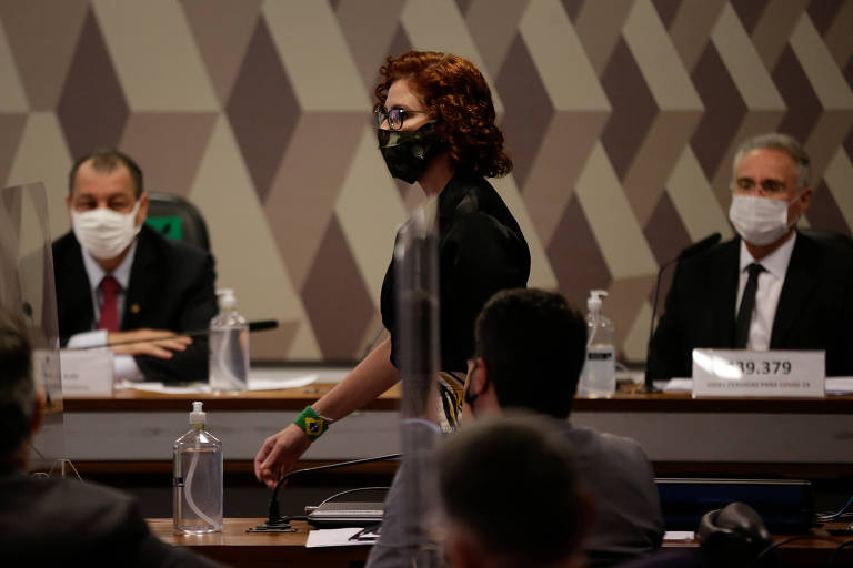 Zambelli defende impeachment de Moraes e diz ver avançar 'perigosa sombra da censura'