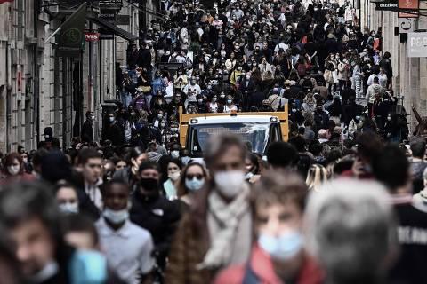 Maioria nos países ricos afirma que divisão social aumentou com pandemia