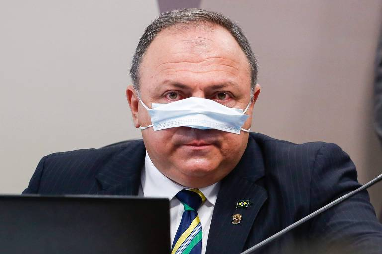 Planalto comemora proteção de Pazuello a Bolsonaro, e comando de CPI da Covid destaca contradições