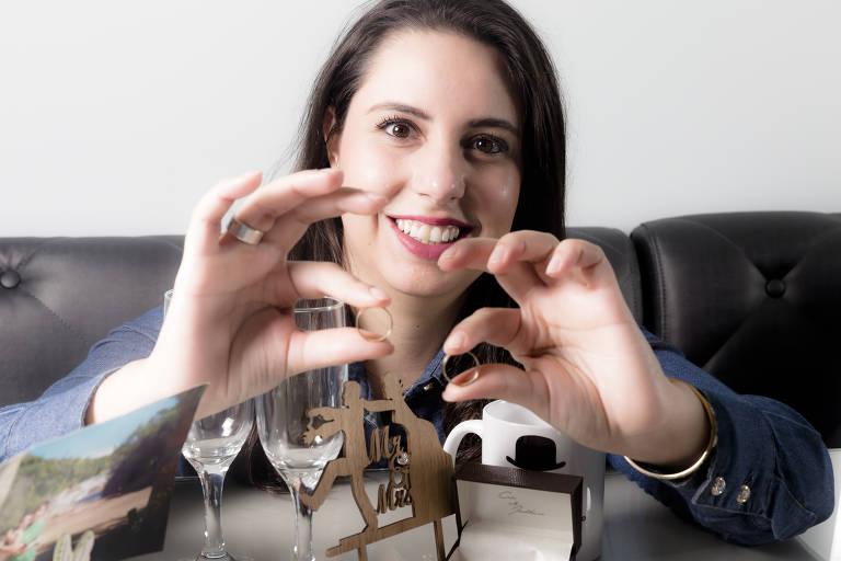 Tamires Bet espera a pandemia passar para casar