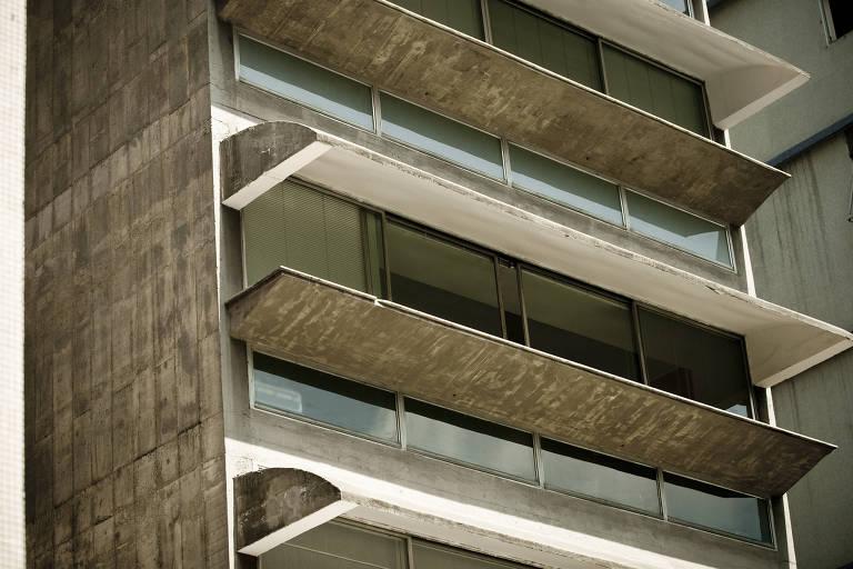 Sacadas de concreto do edifício Guaimbê