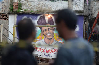 Polícia Civil faz reconstituição da morte de dançarino DG, na favela do Pavão-Pavãozinho