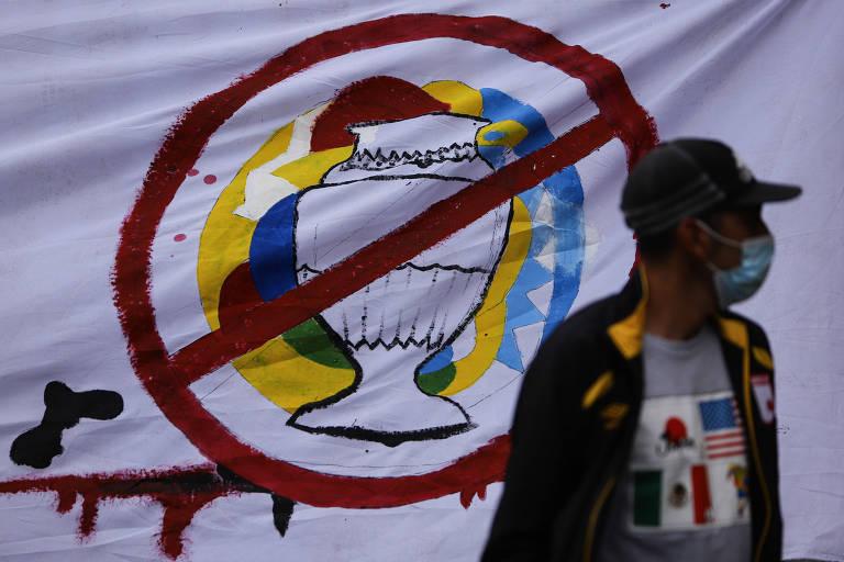 Com tensão social acentuada, Colômbia deixa de ser sede da Copa América