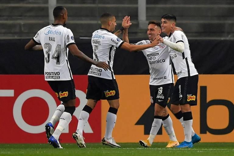 Filho de Zé Maria leva Corinthians a goleada na Sul-Americana