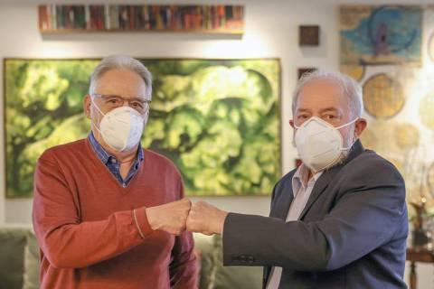 Os ex-presidentes FHC e Lula