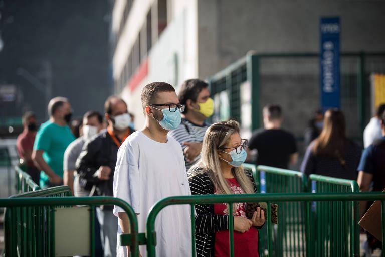 Meio milhão de pessoas não aparece para tomar segunda dose de vacina contra Covid em SP