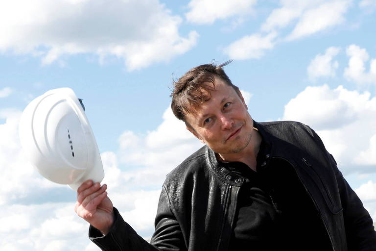 Elon Musk diz que Tesla avalia fábrica na Rússia