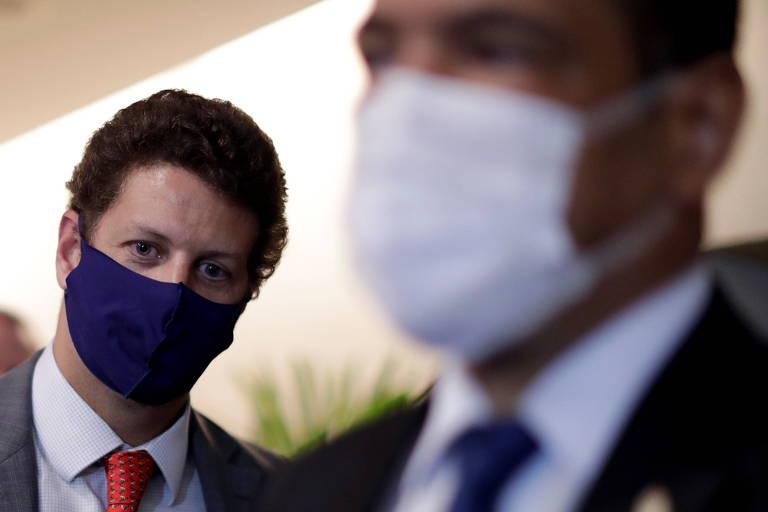 Moraes, do STF, rejeita pedido da PGR para deixar relatoria de investigação que mira Ricardo Salles