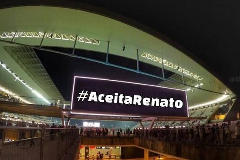 Montagem de redes sociais em campanha para Renato Gaúcho aceitar ser técnico do Corinthians