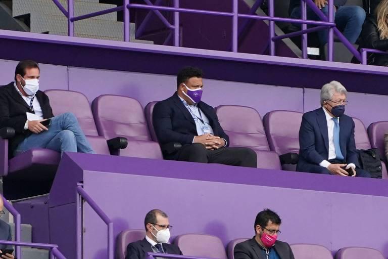 Ronaldo, presidente do Valladolid, assistiu á partida no estádio José Zorilla