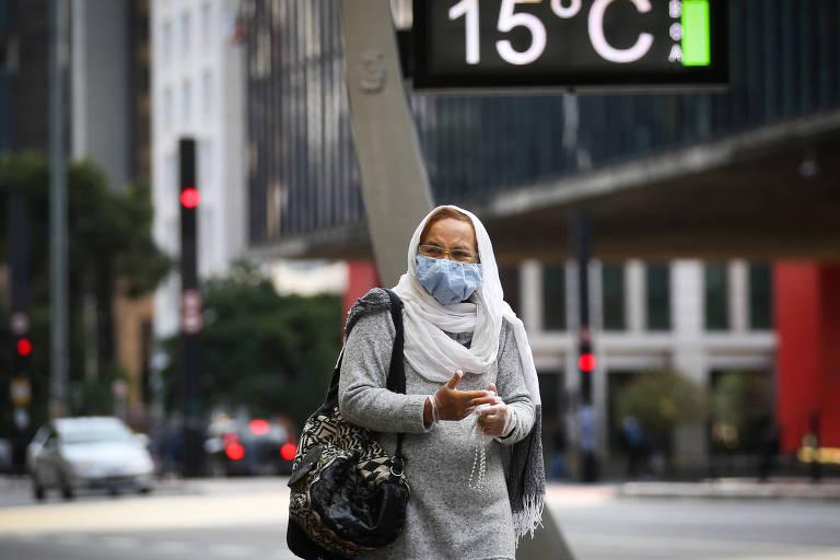 Com previsão de recorde de frio, temperatura deve cair para 9ºC nesta terça na cidade de SP