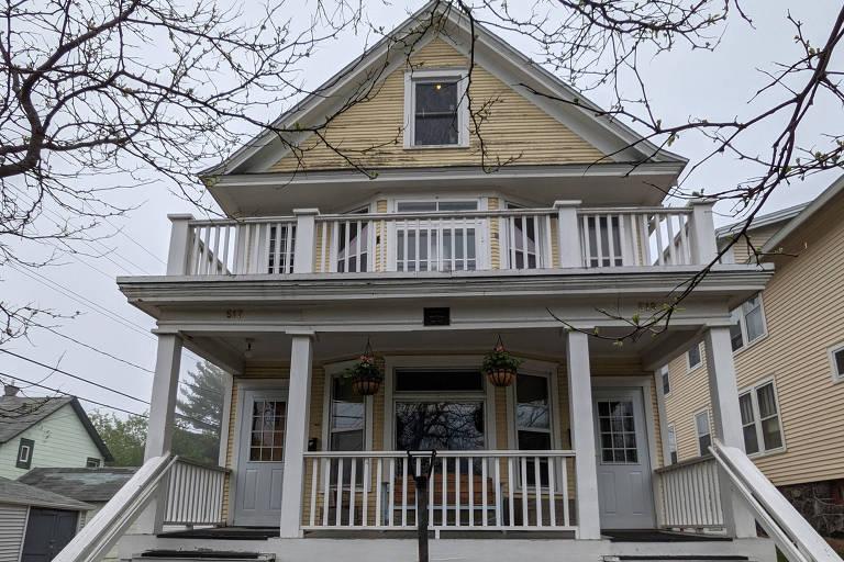Nos 80 anos de Bob Dylan, conheça a casa em que o compositor cresceu
