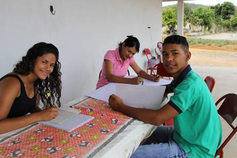 O estudante de geografia Luiz César da Silva, de Mata Grande (AL), criador do projeto Visibilidade da Juventude Rural. Credito: Maria Clara Guaraldo