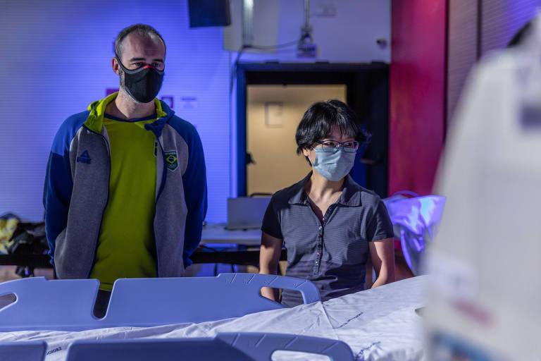 Os médicos Felipe Hardt e Ho Yeh Li durante treinamento da Prevent Sports voltado à Olimpíada