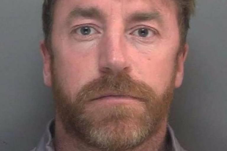 Carl Stewart foi condenado a 13 anos de cadeia