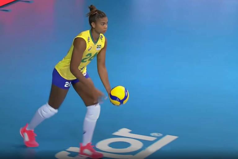 Atletas da seleção de vôlei deixam de ser obrigados a usar tênis de patrocinador